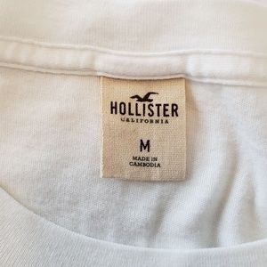 Hollister Tops - Hollister Crew Neck T-shirt & Cropped Joggers